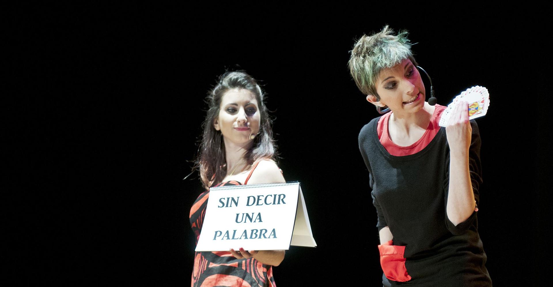 Imagina2 Niñas del Mago. Show de magia en teatro Barcelona, Zaragoza... Mujeres magas en españa