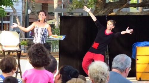 Imagina2 Niñas del Mago. Espectáculo de magia en la calle Barcelona, Girona...