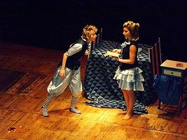 ndelmago. maga en acción. espectáculos de magia Barcelona, Girona, Lleida. único dúo de magas. niñas del mago