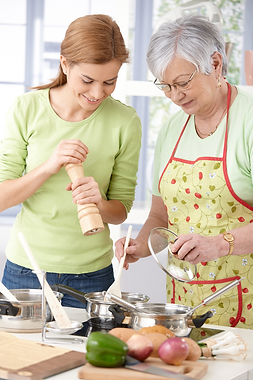 woman_elderly_woman_cooking.png