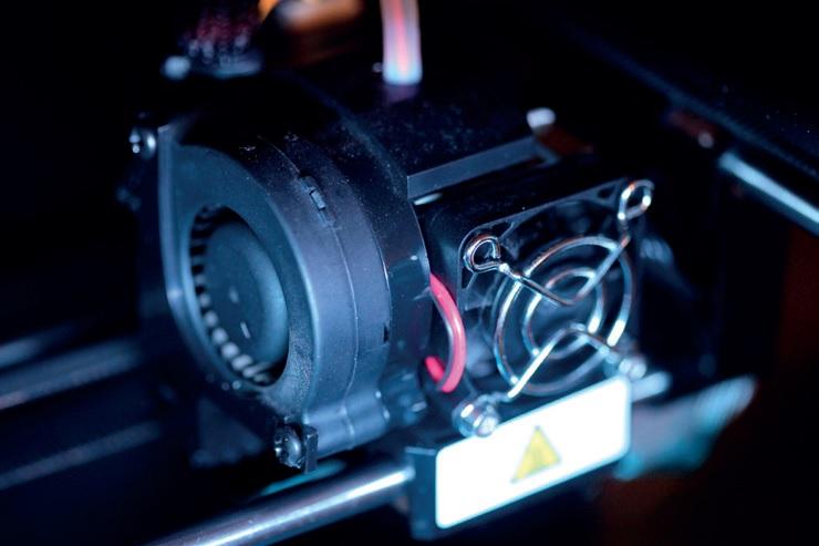 Makerbot-Replicator-2-3