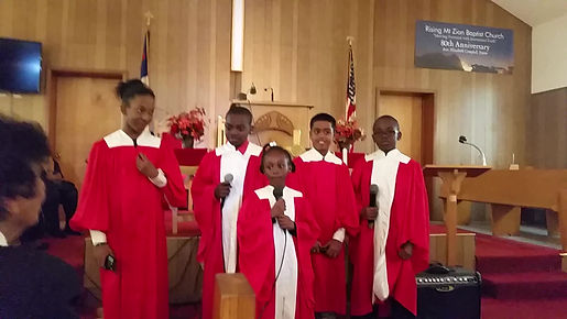"""Children's Choir singing """"I really love the Lord."""""""