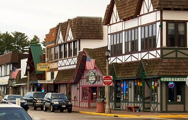 downtown minocqua buildings