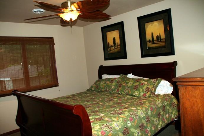 Cabin 21 bedroom