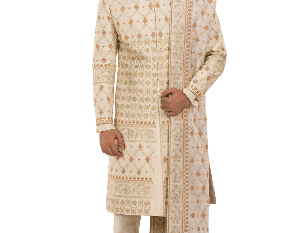 Cream Base Cotton Silk Sherwani with Resham Work & Stole (Style Code: 2381713)