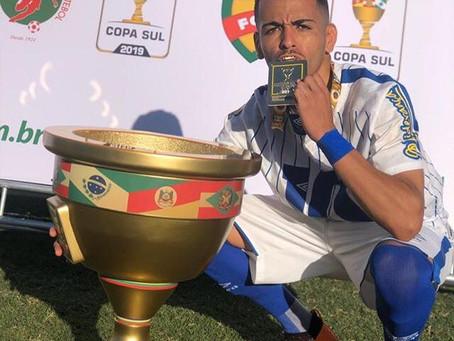 Papa-títulos! Thiaguinho conquista terceiro título em 2019