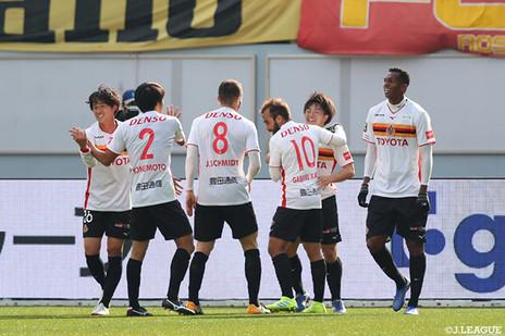 Gabriel Xavier exalta goleada sobre time de Fernando Torres na J League