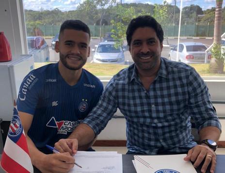Principal revelação do Bahia, Patrick renova contrato com o clube baiano