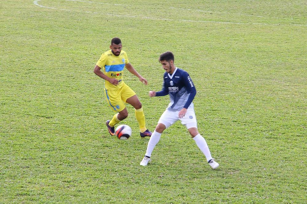Levak em ação pelo Guarani-SC