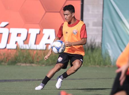 Tricampeão da Copa do Nordeste, Caíque se prepara para a disputa do Baiano 2020