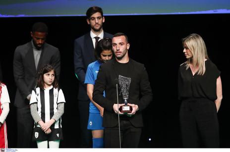Eleito para os '11 melhores', Guilherme Torres celebra feito na Grécia
