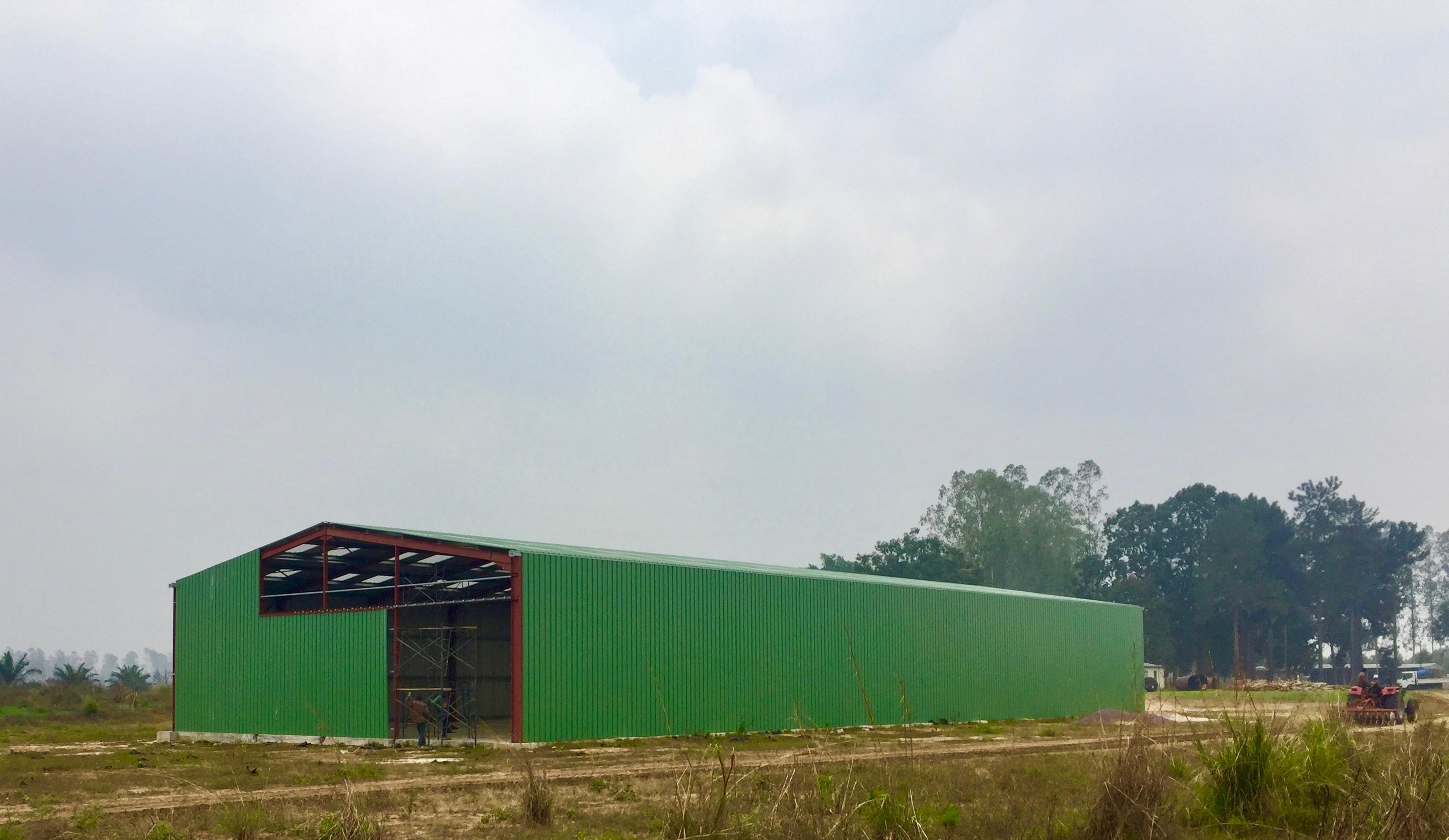 Hangar savonnerie en construction