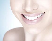Kieferorthopäde Buchholz, gerade Zähne in 6 Monate, unsichtbar, schiene, Kieferorthopädie
