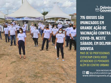 715 idosos são imunizados em grande ação de vacinação contra a COVID-19 em Delmiro Gouveia