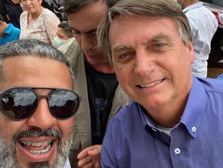 Ex-chefe de Núcleo da Casal recepciona Bolsonaro no evento de inauguração da Adutora do Piau