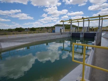 Comporta 13 do Canal do Sertão é aberta e libera 4 km de água em São José da Tapera