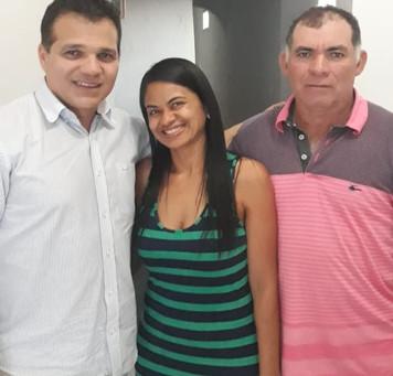Lurdinha do Sindicato lança pré-candidatura à prefeita com apoio de Ricardo Nezinho.