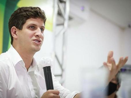 Prefeitura do Recife assina memorando para assegurar 1 milhão de doses da Coronavac