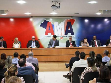 Nova diretoria toma toma posse defendendo a união Municípios
