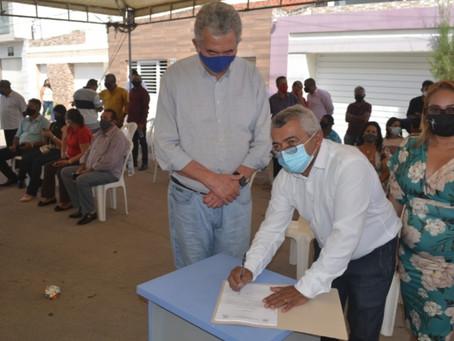 Prefeito Zé da Emater mostra as ações dos seus 4 anos e anuncia sua pré-candidatura em Olho d'Água