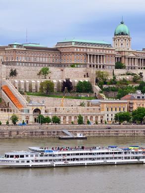 Balaton und Budapest