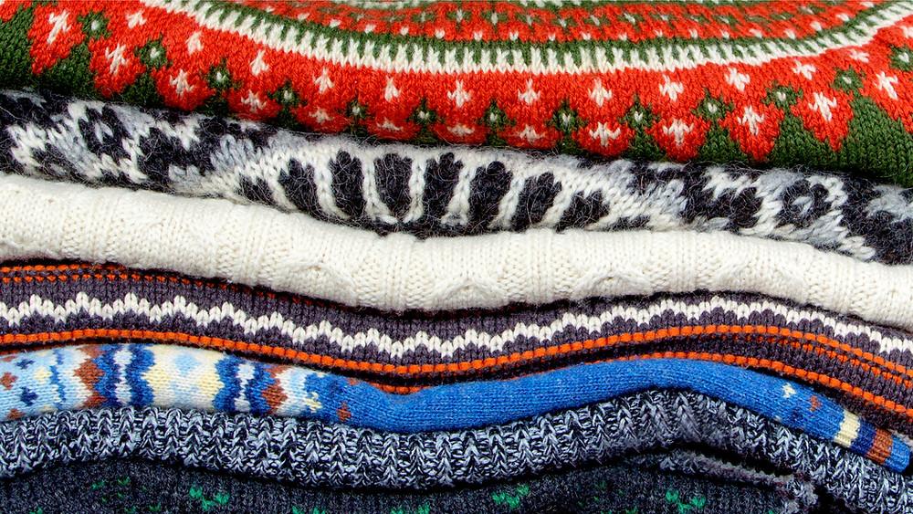 Jersey Lopapeysa en varios colores - Guía para irse de compras en Islandia