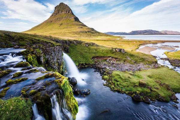 montaña Kirkjufell en la Península Snaefellsness - EXcursión de 1 día desde Reikiavik
