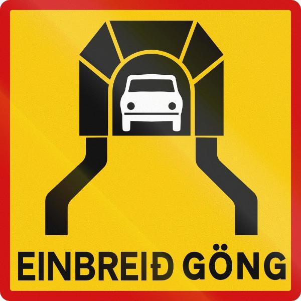 Los peajes en Islandia - Señal de tráfico de entrada a túnel en Islandia