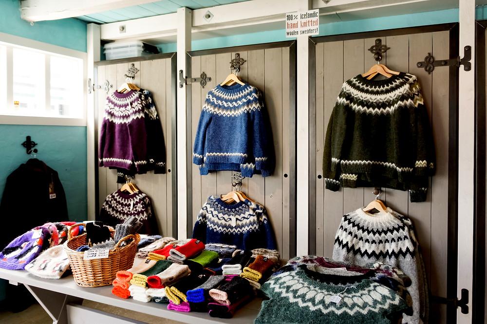Jersey Lopapeysa tradicional en Islandia - Guía para irse de compras en Islandia