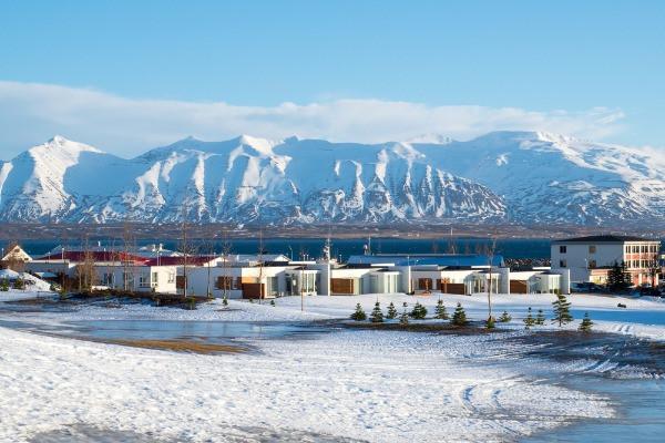 Imagen panorámica de Dalvík en invierno - ¿Qué hacer en Dalvík al norte de Islandia?