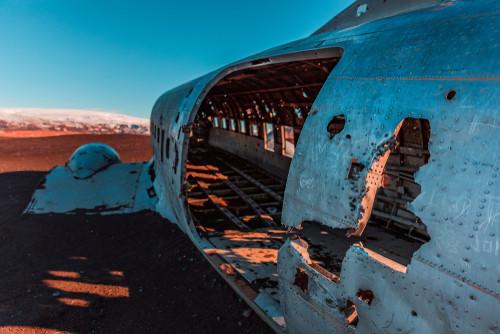 Vista del interior del avión Douglas DC-3 - Itinerario de 7 días por el sur de Islandia | Día 1: Seljalandsfoss, Skógafoss y Sólheimasandur