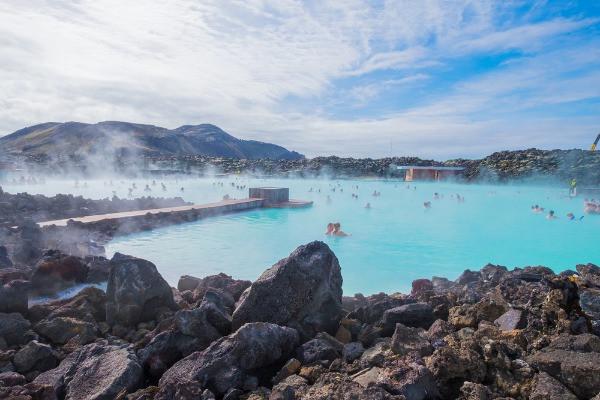 Vistas al Blue Lagoon - Uno de los mejores planes para hacer en Islandia