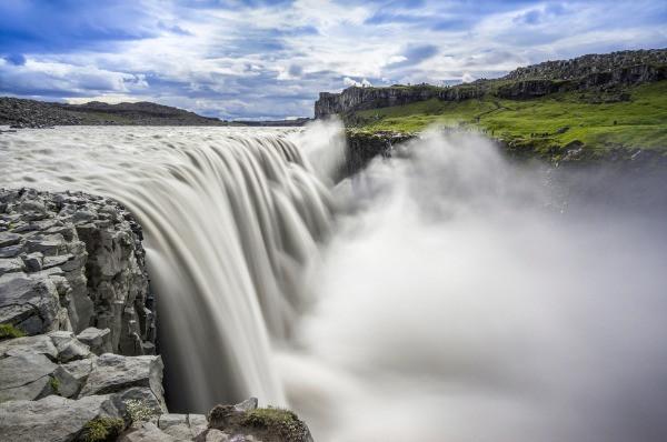 Poderosa cascada de Dettifoss en el Círculo de Diamante en Islandia