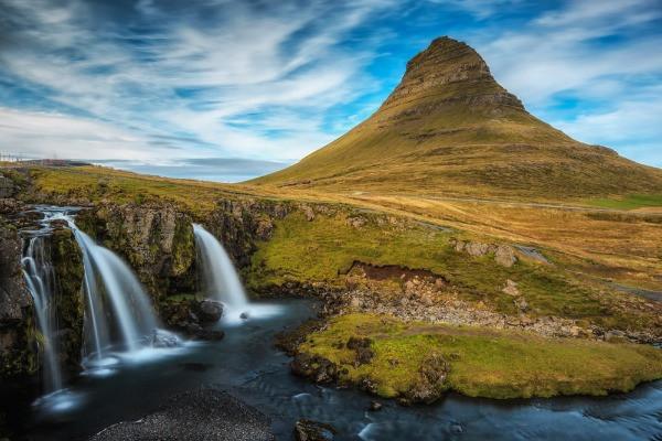 Cascada Kirkjufellsfoss - ¿Cuáles son las cascadas más bonitas de Islandia?
