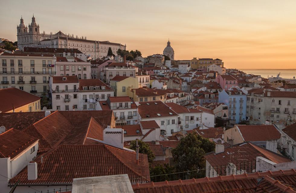 Sunrise over Lisbon II