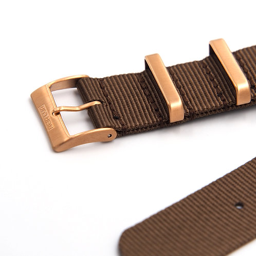 MOON ARMY STRAP - NATO BROWN (BRONZE GOLD BUCKLE)