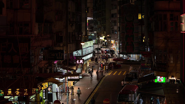 The Tsui Wah Removal in 3 minutes. 三分鐘内一窺當晚翠華工程