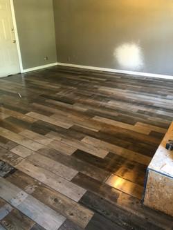 Tile installation, floor tiling
