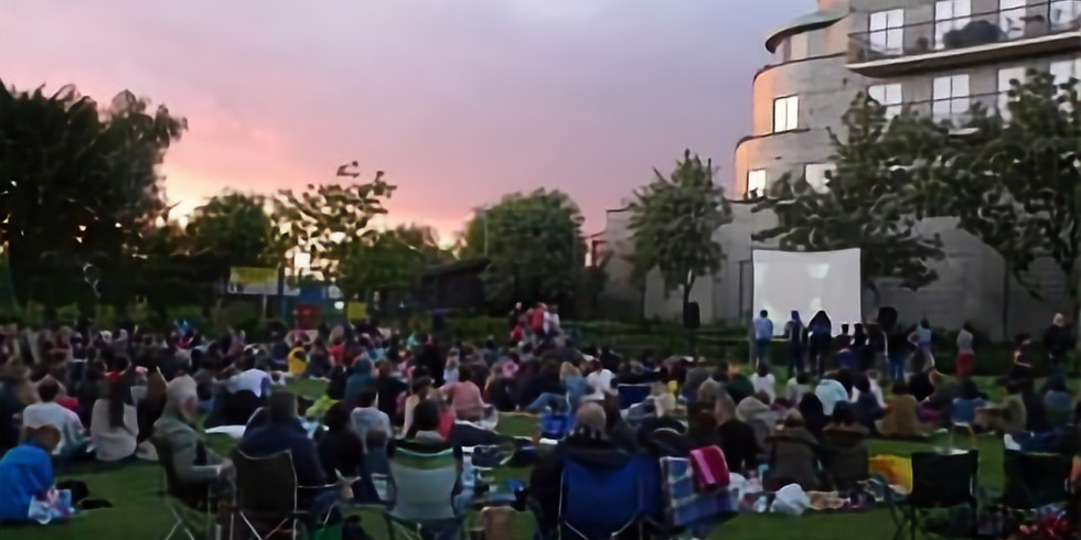 "'The Green Screen' Outdoor Cinema ""E.T"" Steven Speilberg"
