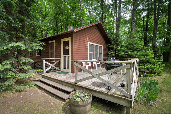 Cabin#2-1.jpg