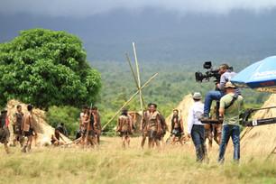 camera-crew-field-275977.jpg