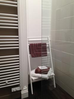 Le radiateur sèche-serviettes...