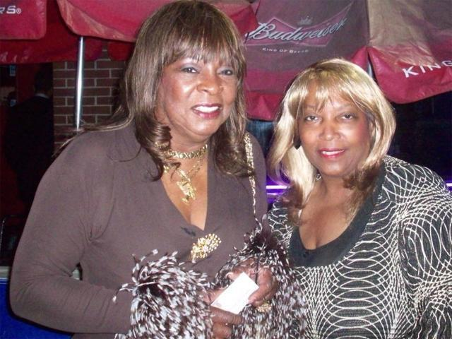 CHAMPAGNE AND MOTOWN SINGER MARTHA R