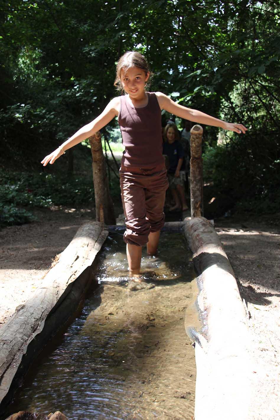 Camina_descalç_Area_aigua (1)