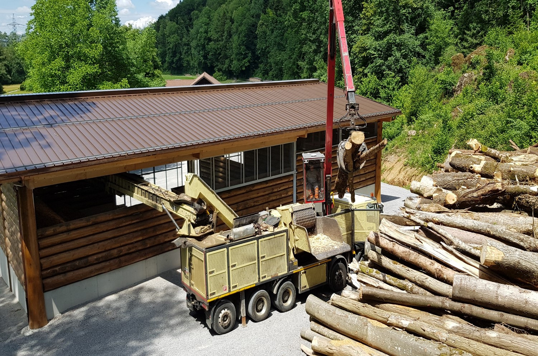Produktion Holzschnitzel.jpg