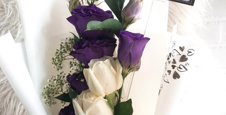 Purple White bouquet 1