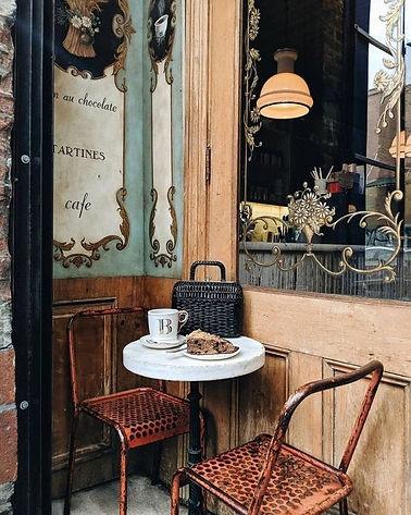 Café style parisien _ déco vintage.jpg