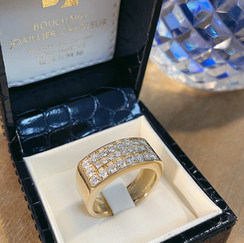 Chevalière pavée diamants sur or jaune
