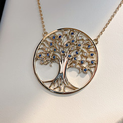 Collier arbre de vie orné de saphirs.jpg