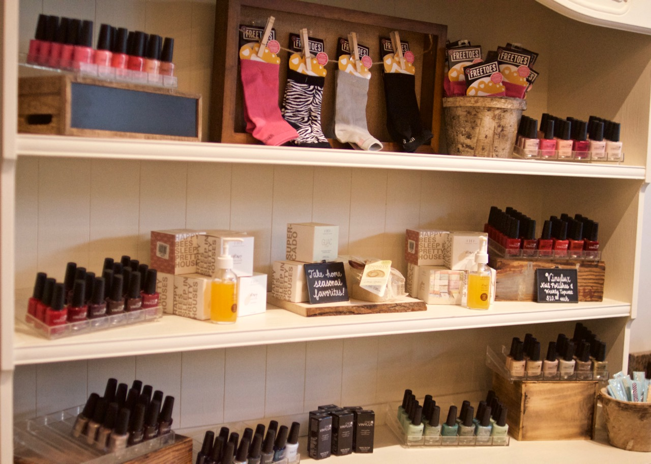 nail shelf